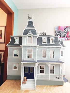 Vanilla With A Yellow Trim Would Be The Colors I Choose Dollhouse