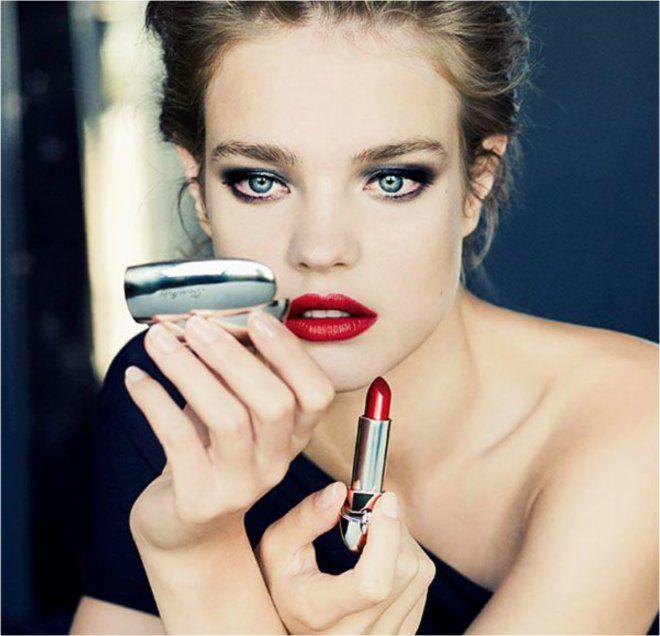 Qual'è il rossetto giusto per te? #donnesi ti accompagna nella scelta  #makeup #trucco #rossetto #colori #trend #howto