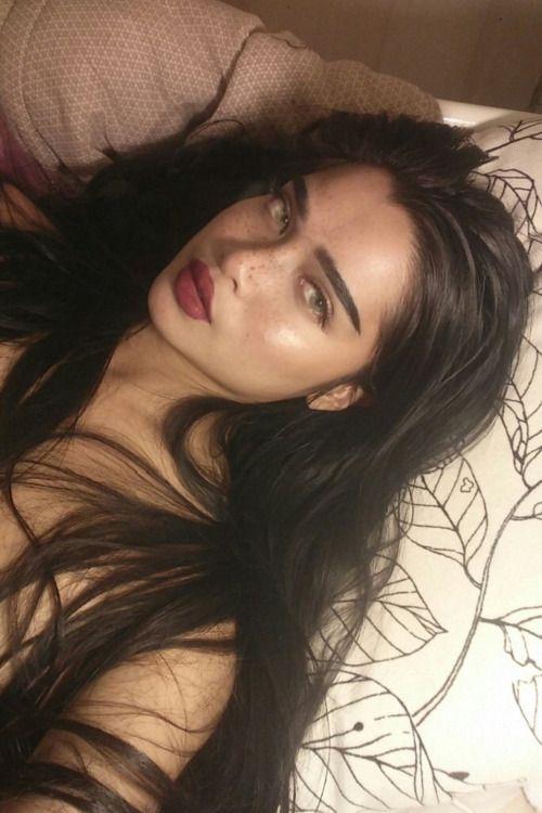 Instagram: leulahleaf