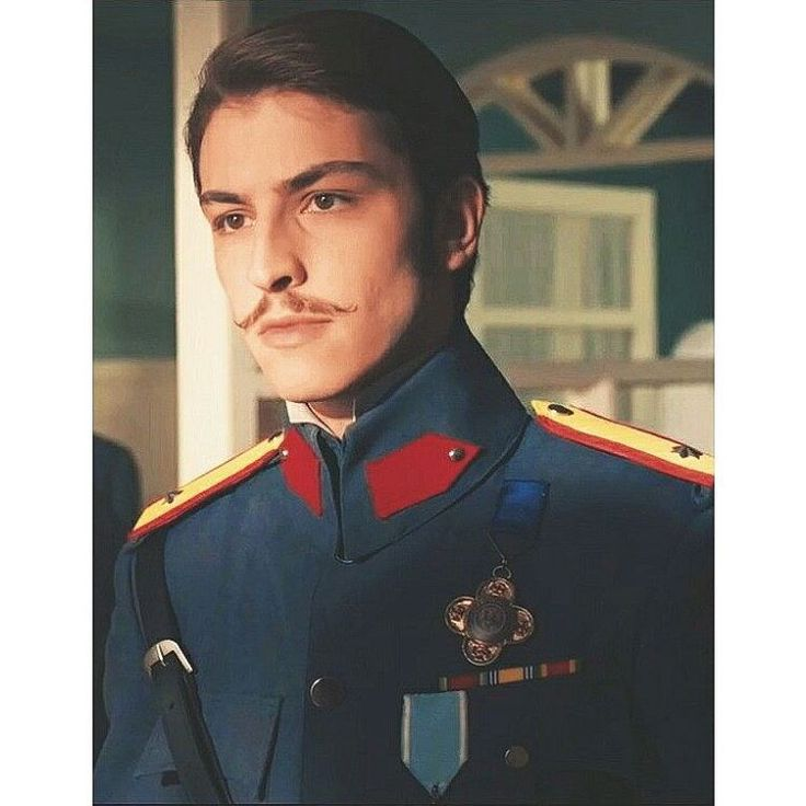Teğmen Leon