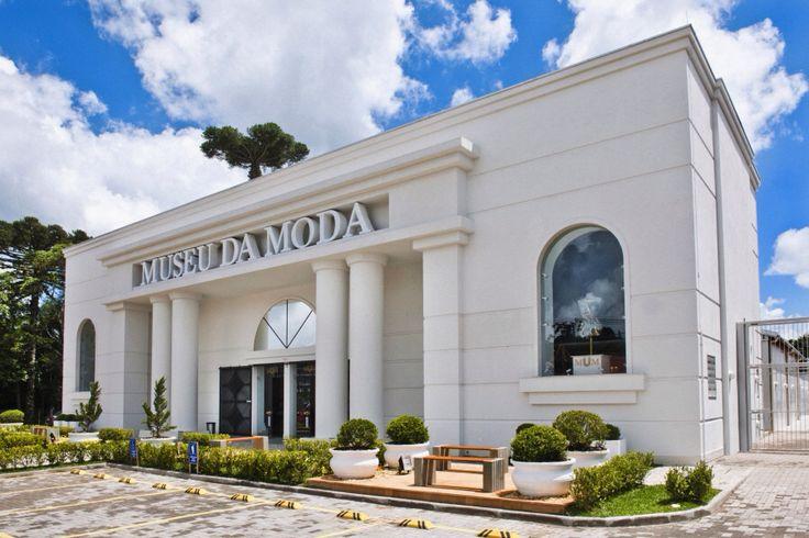 Museu da Moda - Canela, RS   Av. Ernani Kroeff Fleck, 1810   #canela #serragaucha #riograndedosul #brasil #brazil   museudamodadecanela.com.br