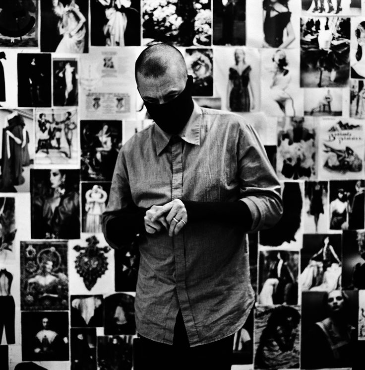 Corbijn, A. (n.d.). Portrait of Alexander McQueen. Retrieved December 2, 2017, from https://theredlist.com/wiki-2-23-1249-1260-view-1990s-profile-alexander-mcqueen-3.html#photo (Originally photographed 2007)
