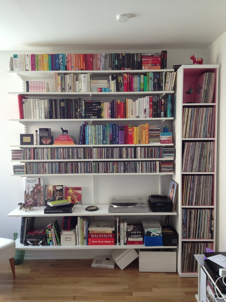 Finally. Our books and records have been unleashed. This is a work in progress. #elfa #books #vinyl #shelfs #förvaring