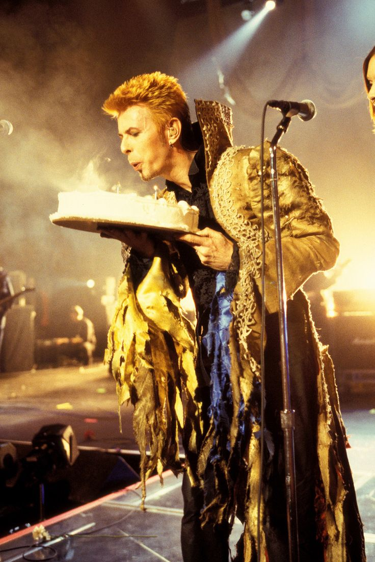David Bowie's 50th Birthday celebration at Madison Square Garden in New York City, January, 1997, photos by Kevin Mazur