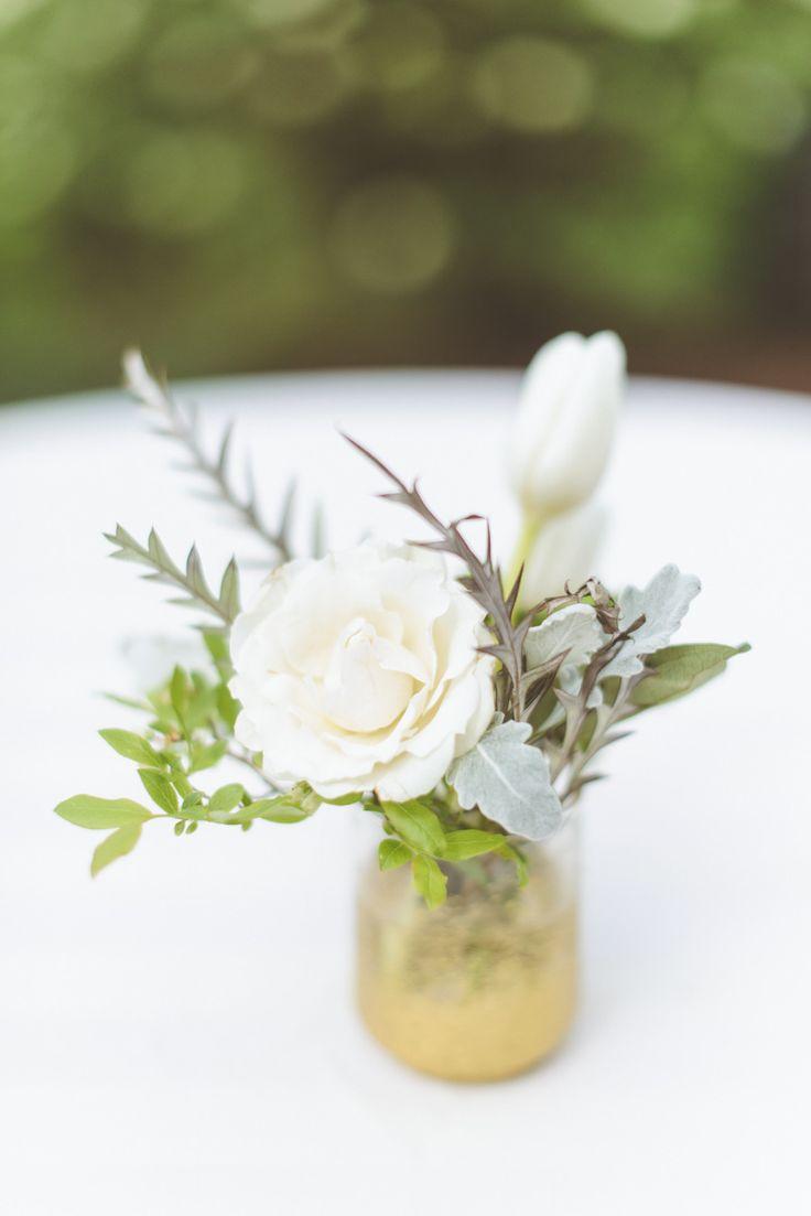 151 best Centerpieces images on Pinterest   Floral arrangements ...