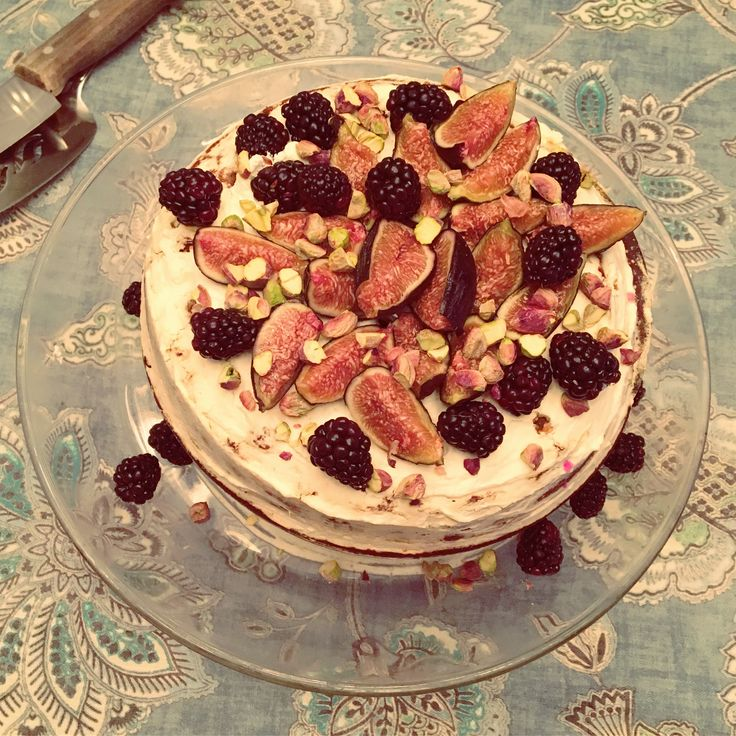 Mom's amazing Spice Honey Fig cake with pistachio ricotta and blackberries!