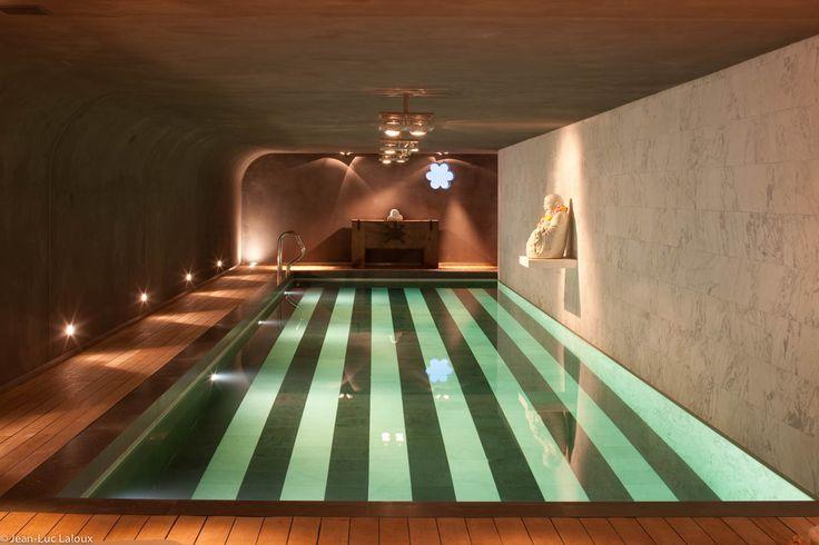 Mood lighting in pool #designer #bespoke #lighting #lightingideas #architecture #home #design #interiors #interiordesign