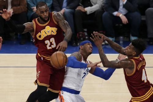 The Cleveland Cavaliers, down 2-0 after blowout losses to the Golden State Warriors, may switch up their starting lineup for Game 3 of the…