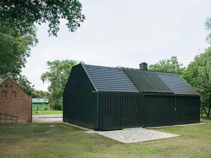 78 beste afbeeldingen van schuur architectuur houten huizen kleine huizen en architectuur. Black Bedroom Furniture Sets. Home Design Ideas