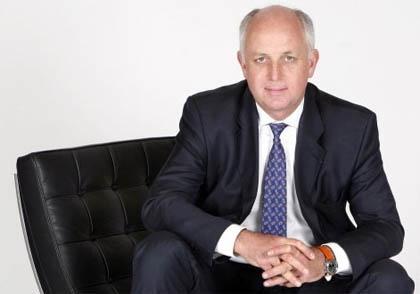 Thierry Peugeot, ESSEC80 & Président du conseil de surveillance du groupe PSA Peugeot Citroën.