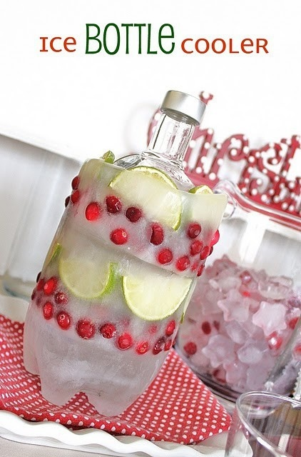 holiday drink DIYIdeas, Holiday Parties, Ice Bottle, Summer Parties, Bottle Coolers, Diy Ice, Outdoor Parties, Sodas Bottle, Drinks