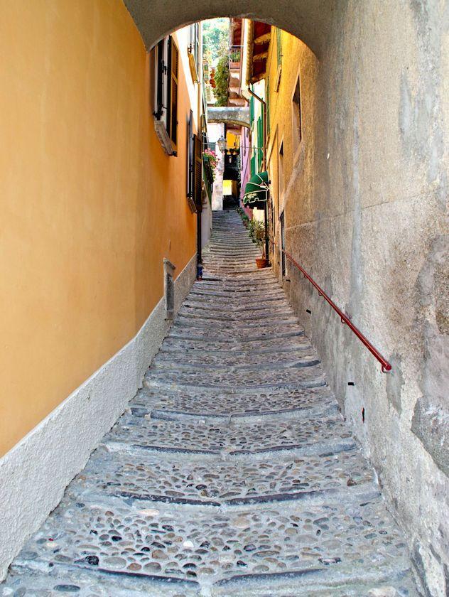 Steep passageway in Varenna, Lake Como