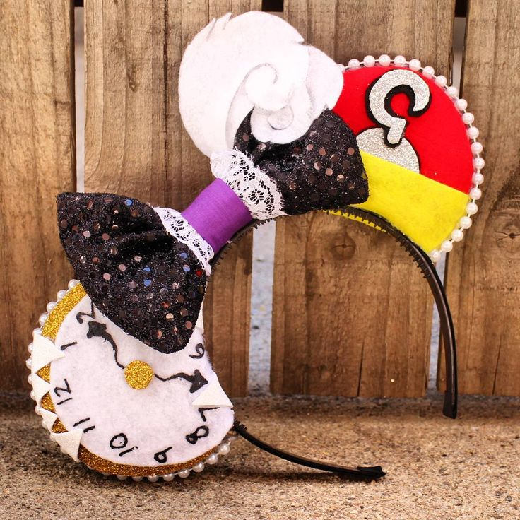 Disney's Peter Pan/Captain Hook Inspired - Minnie Mouse Disney Ears. Source Instagram @modernmouseboutique