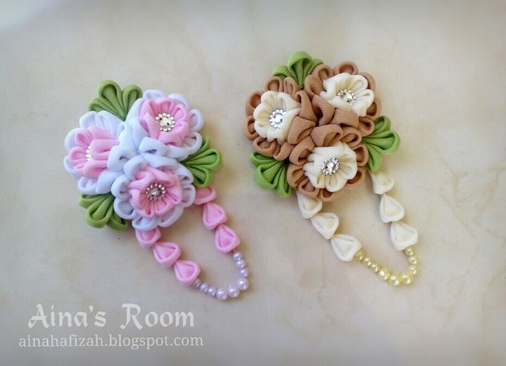 Pinky and Ivory Fabric Flower Brooches