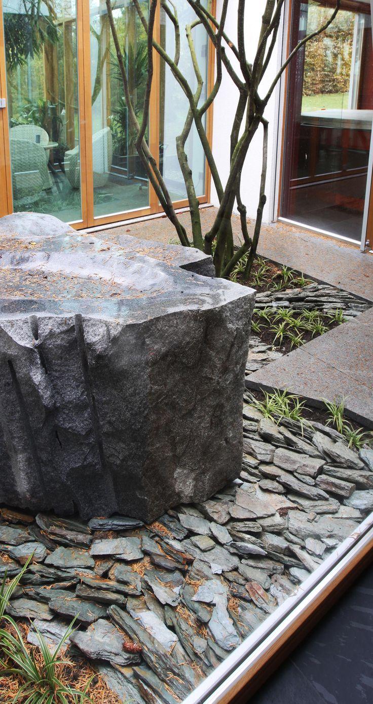 velké žulové bloky, žulové desky, břidlice / large granite blocks, granite countertops, slate