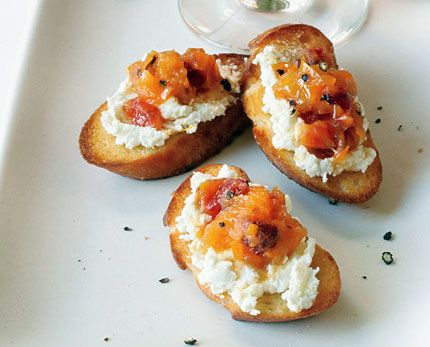 Goat Cheese Crostini with Blood Orange and Black Pepper Marmalade Photo - Party Hors Doeuvres Recipe | Epicurious.com