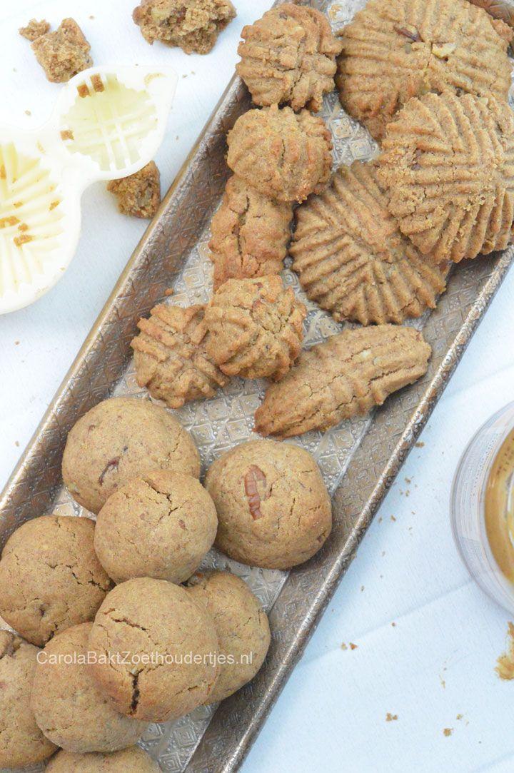 Chewy peanutbutter cookies.  Chewy pindakaaskoekjes maken met een Marokkaanse  koekjes mold.