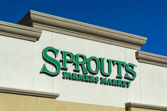 TEN ways to Save BIG money at Sprouts Farmers Markets!