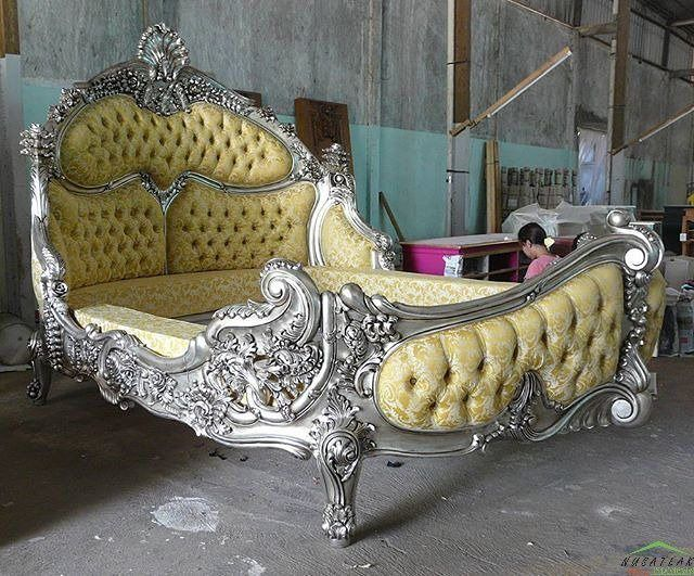 #Rococo #Mahogany #Bed in Antique Silver Leaf Finish Saripudin by #NusaTeak  PIN: 7658A033 Call WA: 6281908021000 Inquiry: info@nusateak.com Site: NusaTeak.com  #Mebel #Furniture #Meuble #Home #Decor #Interior #MahoganyBed #HomeDecor #BedRoom #HomeInterior #RococoBed #Carvings #FurnitureDesign #InteriorDesign #Design #Indonesia #Etsy