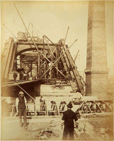 The building of Tower Bridge