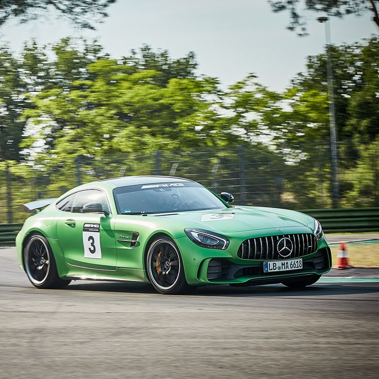 The revolutionary new Mercedes-AMG GT R is now fully integrated into the AMG Driving Academy! Get in the driver's seat and feel the excitement at an event near you! Click on the link in our Instagram Story to learn more about the AMG Driving Academy.  #AMGDrivingAcademy #WorldsFastestFamily #GTR #MercedesAMG #Mercedes #AMG #AMG🔥 #DrivingPerformance #Passion #Luxury #CarsofInstagram #InstaCar #Drift [Fuel consumption combined: 11.4 l/100km | CO2 emissions: 259 g/km]