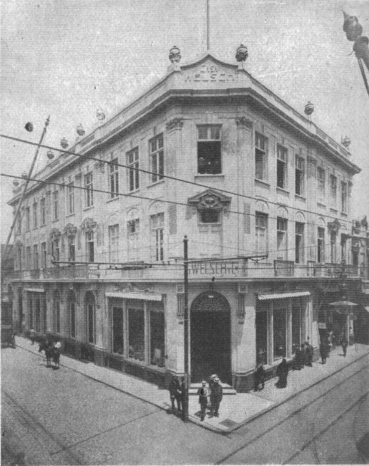 Fachada de la Casa Welsch (en el Jr. de la Unión) 1910-09-10