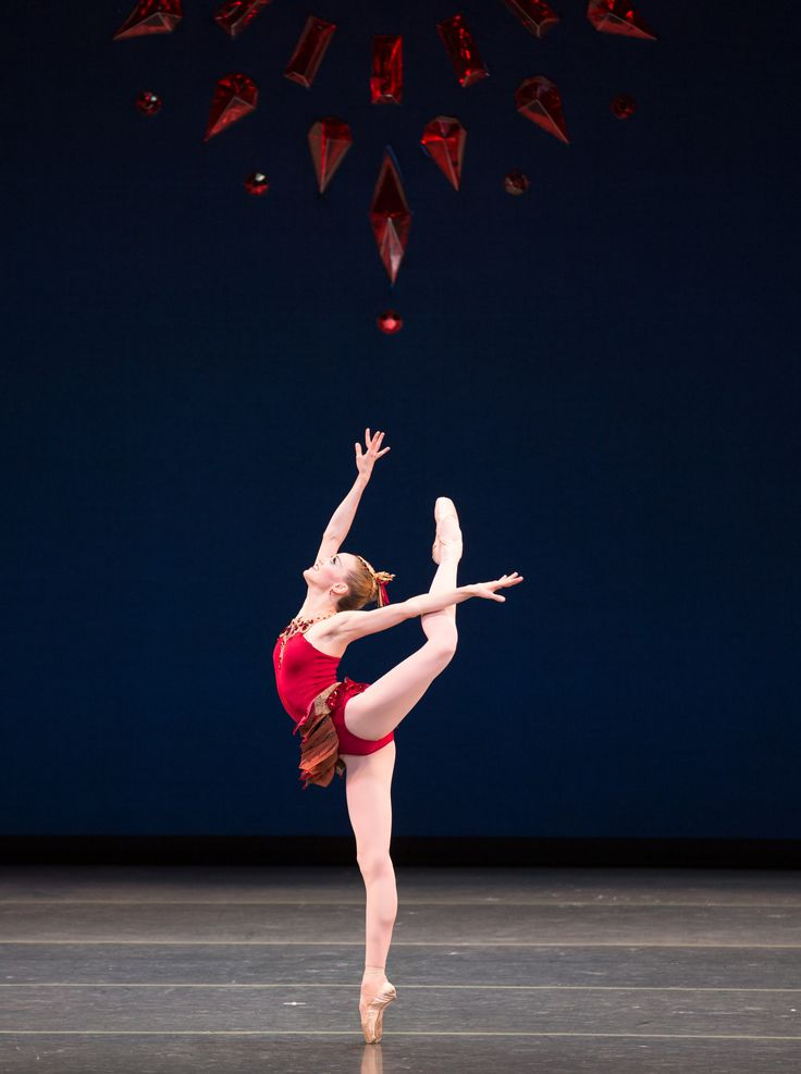 Dusty Button in Boston Ballet's Rubies ©Rosalie O'Connor