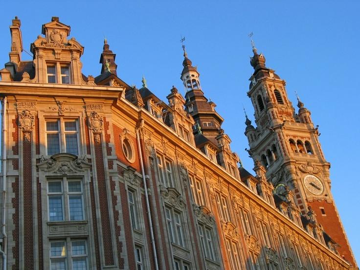 Chambre de commerce et Beffroi à Lille © OT Lille / Maxime Dufour