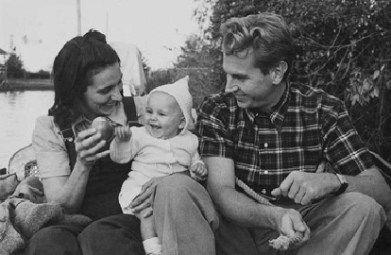 Delfina Gálvez, Amancio Williams y la hija mayor, Verónica