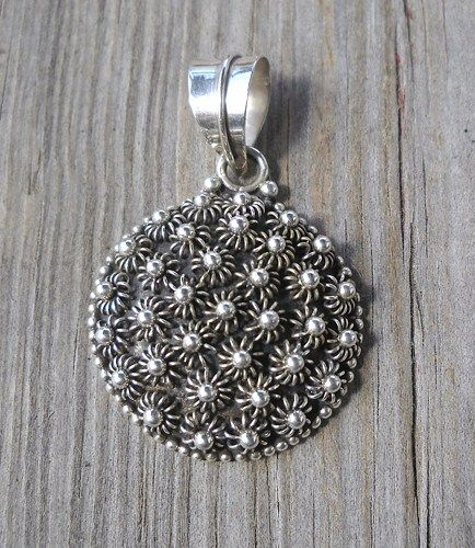 925 Sterling Silver Pendant  Weight:8.5 grams Diameter:25mm Trackable shipping  Handmade,brand new