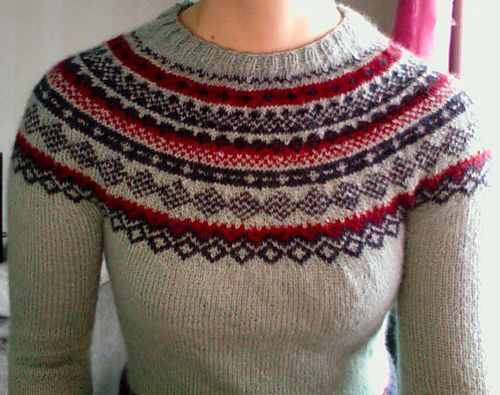 """Ravelry: Project Gallery for 122-41 Knitted jumper with short raglan sleeves and Norwegian pattern in """"Alpaca"""" pattern by DROPS design"""