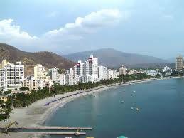 ¡Báñate, refrescate y disfruta en las playas cristalinas de Santa Marta!