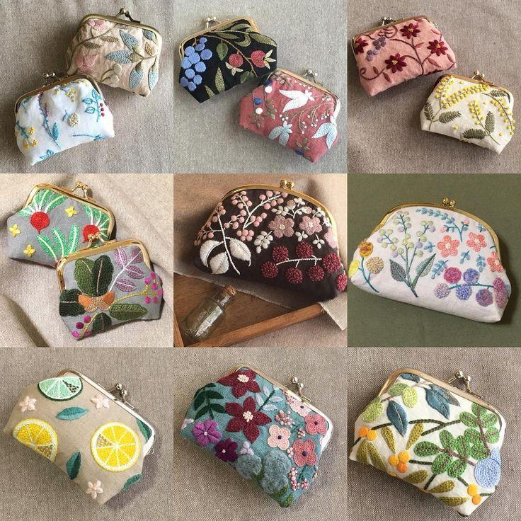 大晦日ですね✨ . 今年は皆様のおかげで、楽しく刺繍ができて、たくさんがま口を作ることができました . 来年もどうぞよろしくお願いします♀️✨ . 良い新年を✨ . #刺繍 #ハンドメイド #手芸 #刺繍部 #ボタニカル #がま口 #embroidery #handmaid #sewing #botanical #framepurse
