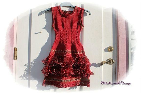 Eplabiter: Hand knitted and crochet dress size 5-6/7 y Kjole med rysjer Str. 5 - 6/7 år https://epla.no/shops/chris-ho/