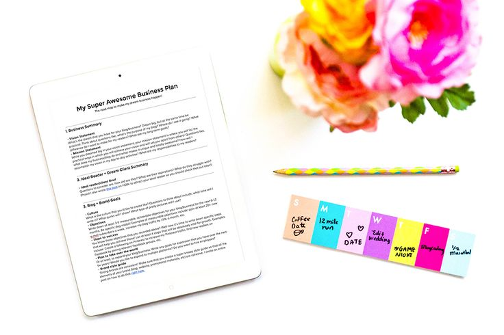 HOW to write a business plan to achieve your blog + biz goals and WHY it