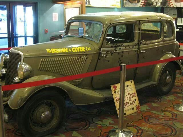 236 best images about real bonnie and clyde on pinterest cars sedans and bonnie parker. Black Bedroom Furniture Sets. Home Design Ideas
