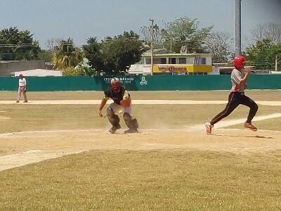 Heroica Ciudad de Champoton, Campeche 2 de Abril del 2016.- ( John Rosado / Beisbol Campechano / Rey de los Deportes ).- Los Piratas de San ...
