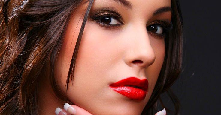 Make up do łóżka - http://www.sinnistim.pl/make-up-do-lozka/ #sinnistim #seksuologia #psychologia