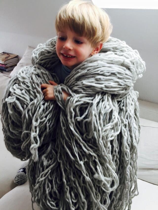 Preparing hand crocheted chain into felted yarn