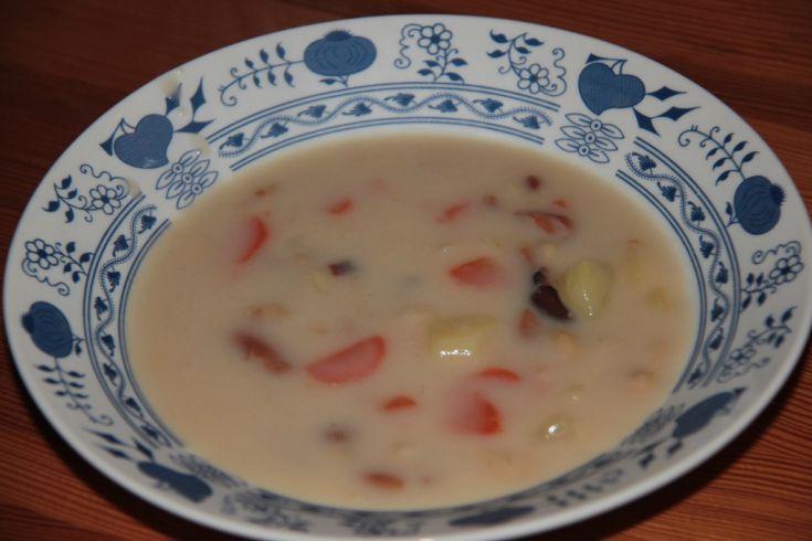 Fotorecept: Sladko-kyslá fazuľová polievka