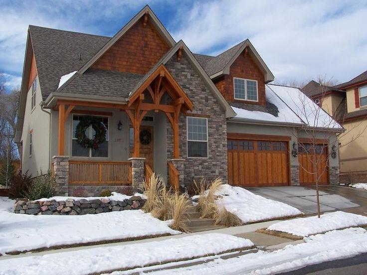 25 best ideas about cedar siding on pinterest exterior for Shakes on house
