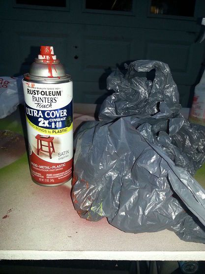 What Can You Do With a Plastic Bag and Spray Paint?