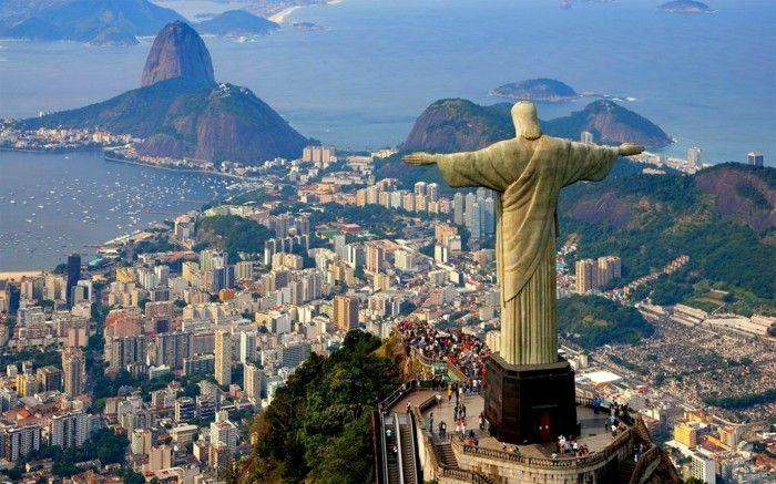 rio de janeiro jesus statue belle vue de hauteur resized