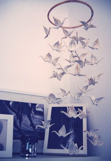 best 20 origami cranes ideas on pinterest origami paper crane origami mobile and paper cranes. Black Bedroom Furniture Sets. Home Design Ideas