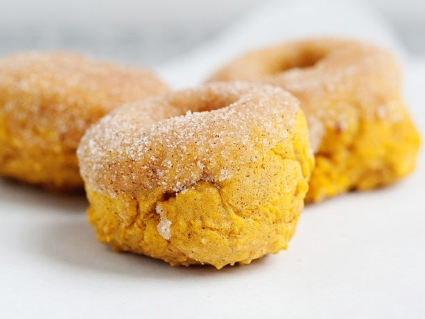 Baked Pumpkin Doughnuts with Cinnamon Sugar This uses Bisquick but I ...
