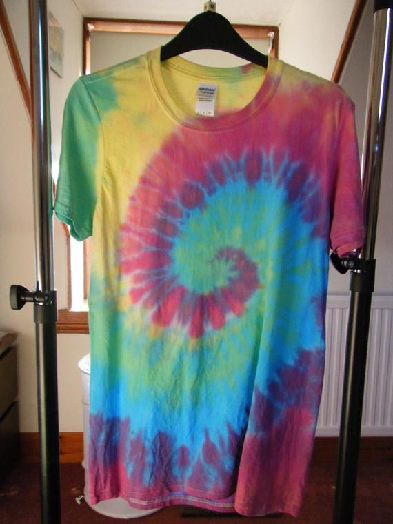 Tie Dye t-shirt Rainbow spiral Hand dyed in the UK Size S to XXL