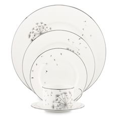 I love my dishes, but if I were a single gal, this would be such a cute set. Kate Spade, of course.