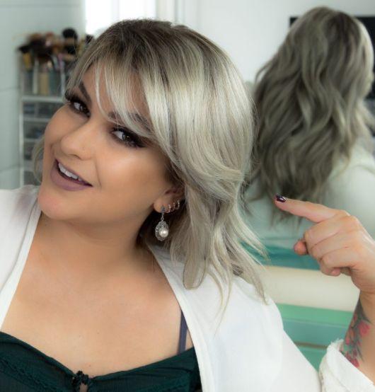 Alice Salazar dá dicas de como desamarelar o loiro do seu cabelo após pintar ou descolorir