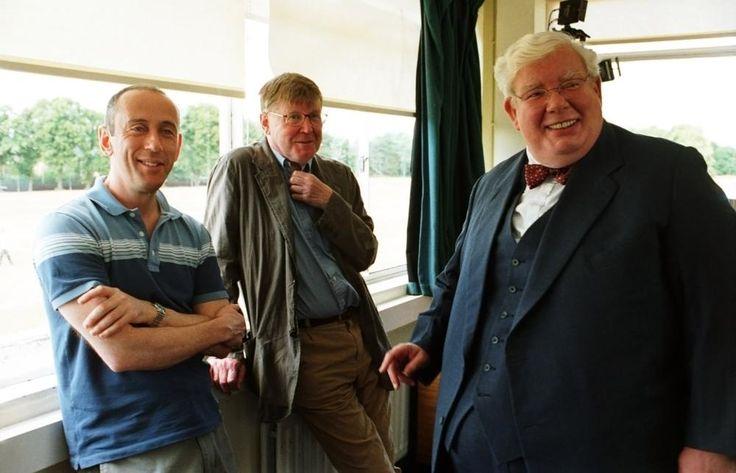 THE HISTORY BOYS, director Nicholas Hytner, author Alan Bennett, Richard Griffiths on set, 2006