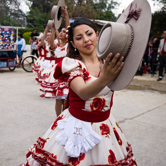 Traditional dress of Chile: So artistic and cultural